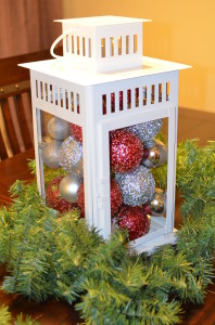 Christmas decor, Christmas lantern, DIY christmas decor, easy home decor, holiday decor, popular pin.