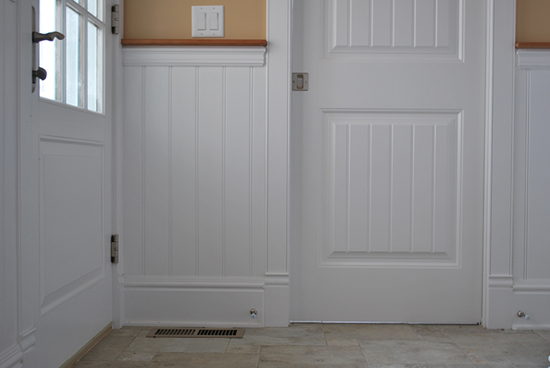 beadboard wainscoting- I love this!