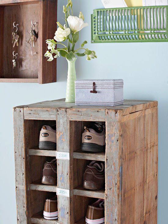 crafty storage ideas-entry way