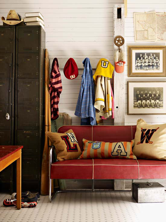 crafty storage ideas-hooks