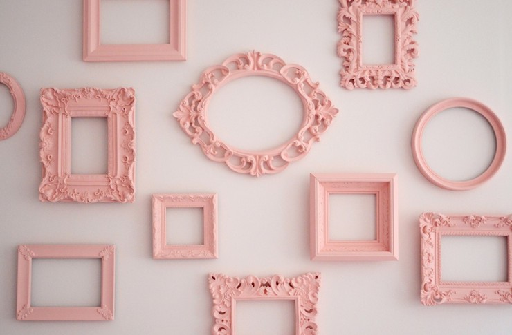 14 creative uses for old picture frames page 3 of 15 for Creative ideas for old picture frames