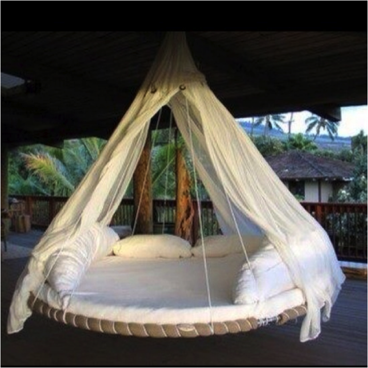 12 porch swings that you need in your life for Hanging circle bed
