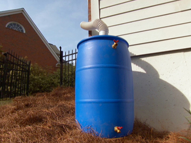 How to build your own rain barre for How to make your own rain barrel system