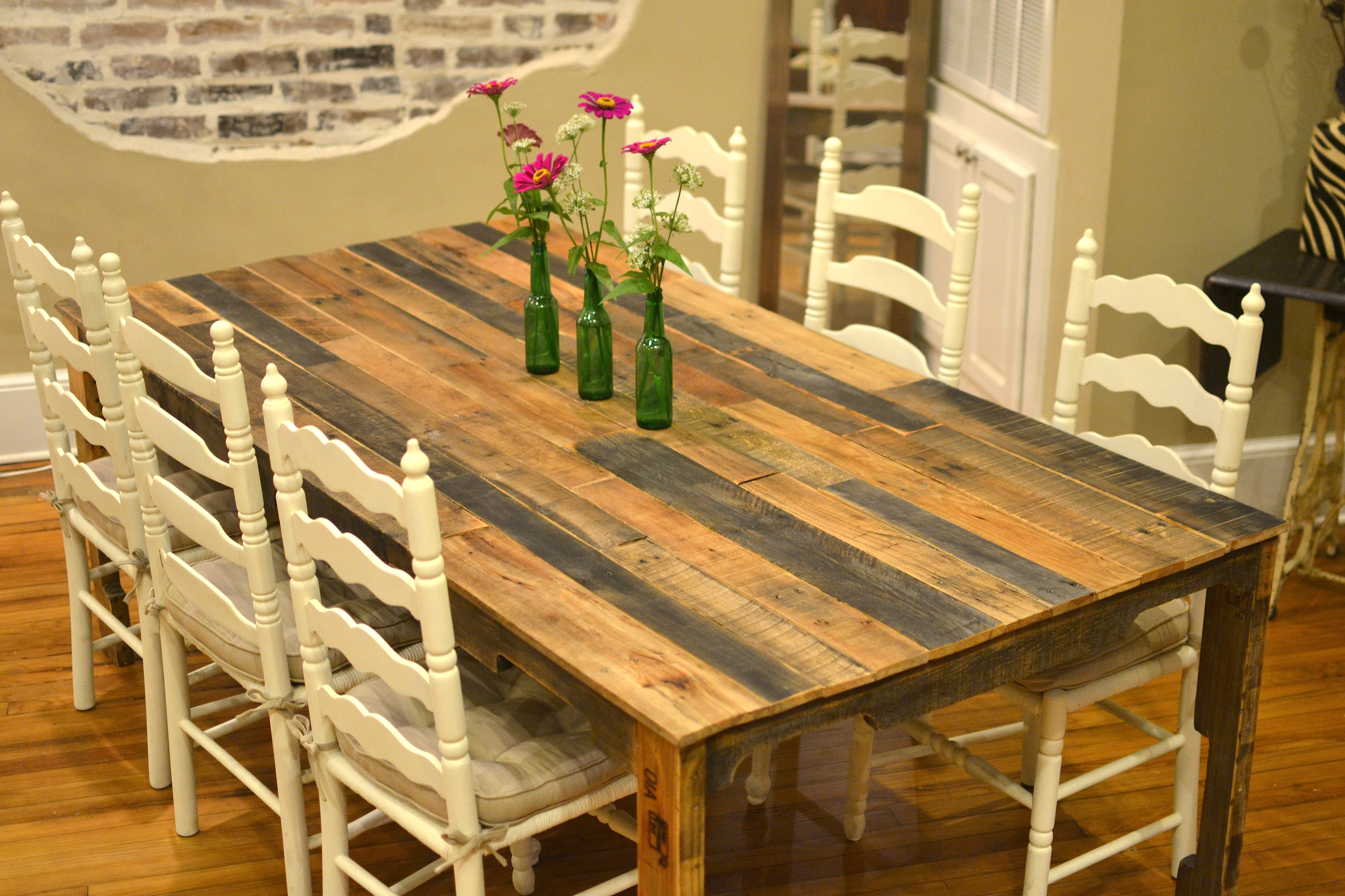 10 Ways to Turn a Boring Kitchen Table into Designer ...
