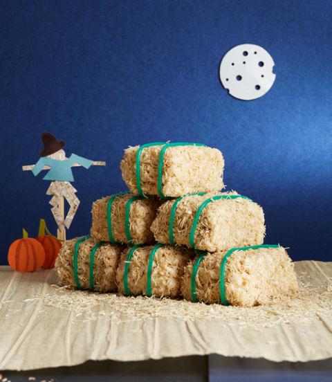 Halloween, Halloween decor, fall, Halloween recipes, spooky treats, party treats, popular pin, fall recipes, easy fall recipes.