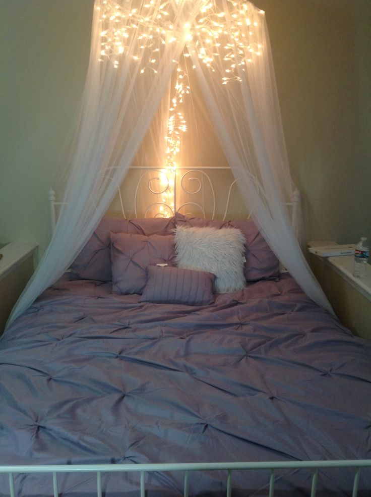 7 dreamy diy bedroom canopies sunlit spaces diy home - Pictures of canopy beds ...