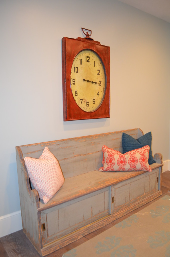 Fun Ways to Decorate Your Entryway
