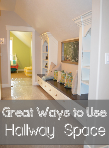 Superb Ways To Decorate Your Hallway Space