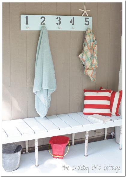 Small porch, decorating small porches, DIY home improvement, DIY porch decor, popular pin, curb appeal. DIY curb appeal projects.