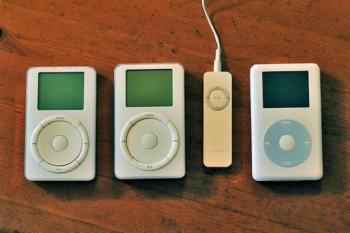 old-ipods-original