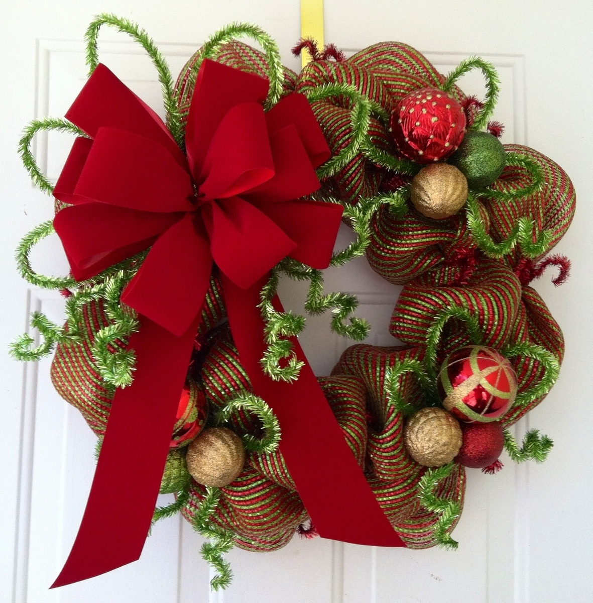 15 amazing homemade christmas wreath ideas page 7 of 16 for Amazing wreaths