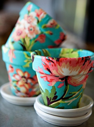 25 Amazing DIY Projects You Can Do with One Can of Paint