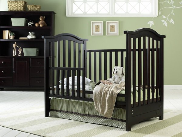 18 Ridiculously Clever Ways to Upcycle Old Cribs