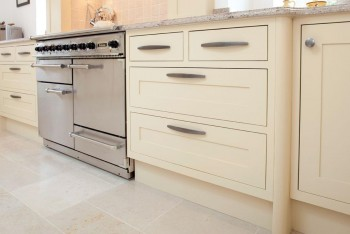 15 Beautiful Kitchen Cabinets7