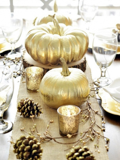 Spray Painted Thanksgiving decor. Thanksgiving, DIY thanksgiving, holiday decor, DIY holiday decor, holiday tablescapes, popular pin, fall holiday