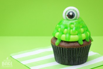 20 Yummy Halloween Cupcake Recipes11