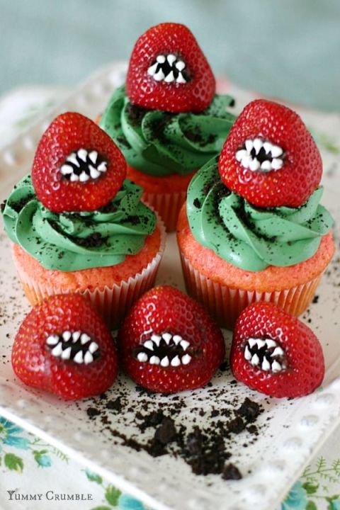 20 Yummy Halloween Cupcake Recipes13
