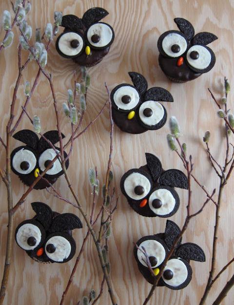 20 Yummy Halloween Cupcake Recipes17