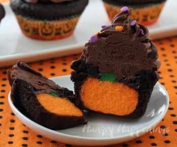 20 Yummy Halloween Cupcake Recipes18