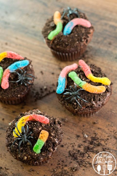 20 Yummy Halloween Cupcake Recipes6