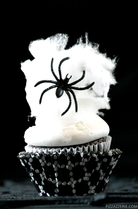 20 Yummy Halloween Cupcake Recipes9