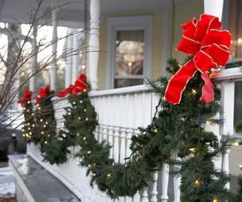 10-beautiful-christmas-garland-ideas7