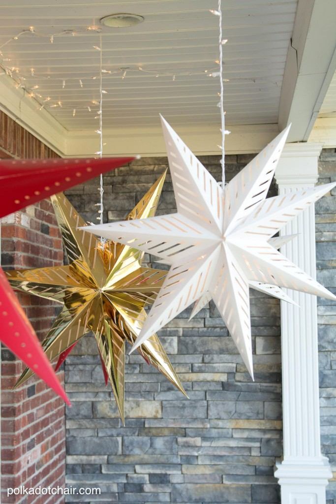 20 Ways to Decorate Your Porch for Christmas16