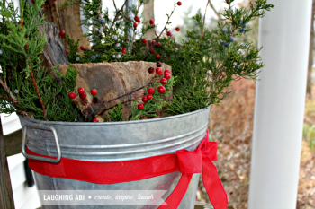 20 Ways to Decorate Your Porch for Christmas20