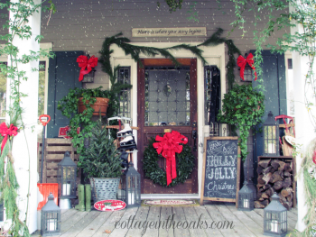 20 Ways to Decorate Your Porch for Christmas7