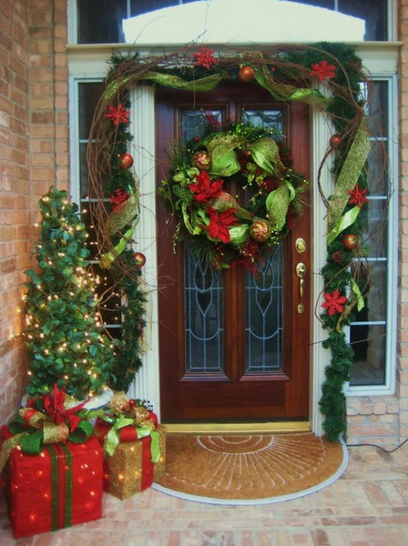 20 Ways to Decorate Your Porch for Christmas9