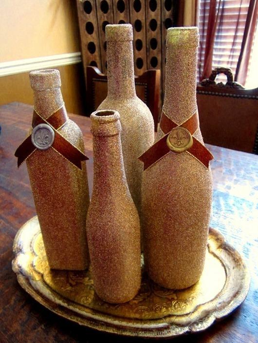 12 Ways to Reuse Wine Bottles (Christmas Decor Edition ...