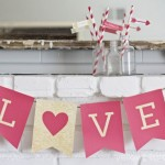 Valentines Day, Homemade Valentines Day Decorations, Valentines Day DIY, Holiday Decor Ideas, Holiday Decor Help, Valentines Day Banners, Valentines Day Mantle, Popular