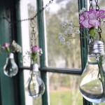 25 Ways to Repurpose Old Lightbulbs3