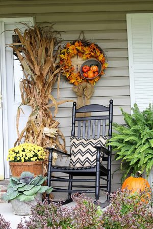 How To Decorate Your Porch Easily For Fall