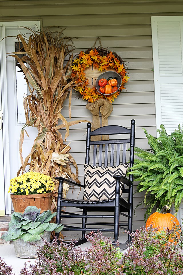 How To Decorate Your Porch (Easily!) For Fall Part 96