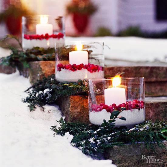 Out-of-the-Box Ways to Decorate Your Yard for Christmas| Yard Decor, Holiday Yard Decor, Christmas Decor, DIY Christmas Decor, DIY Holiday, Holiday Home Decor, Holiday Yard Decor #HolidayHome #ChristmasYardDecor