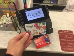 Save Tons of Money at Michaels!| How to Save Money at Michaels, Save Money, Money Saving Hacks, Money Saving Tips and Tricks, Popular Pin #SaveMoney #MoneySavingHacks