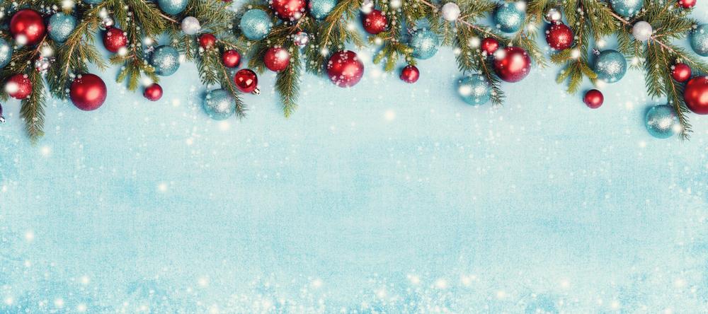Christmas Decor: Red, White & Tiffany Blue