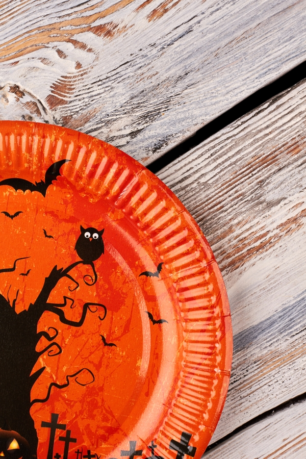 Halloween Decor Upcycled from Household Items | Halloween decor | upcycled Halloween decor | Halloween | DIY | upcycled