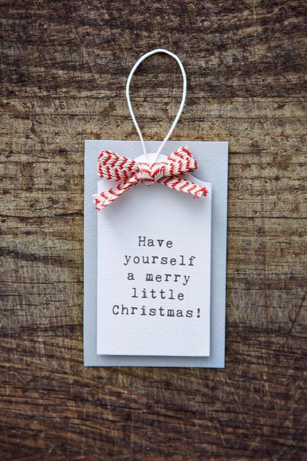 DIY Christmas Gift Tags | Christmas | DIY | DIY Christmas gift tags | gift tags | DIY Christmas | Christmas gift tags | DIY gift tags
