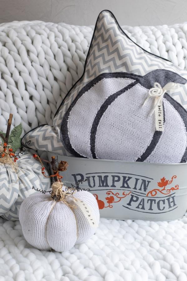 black and white pumpkin decor crafts