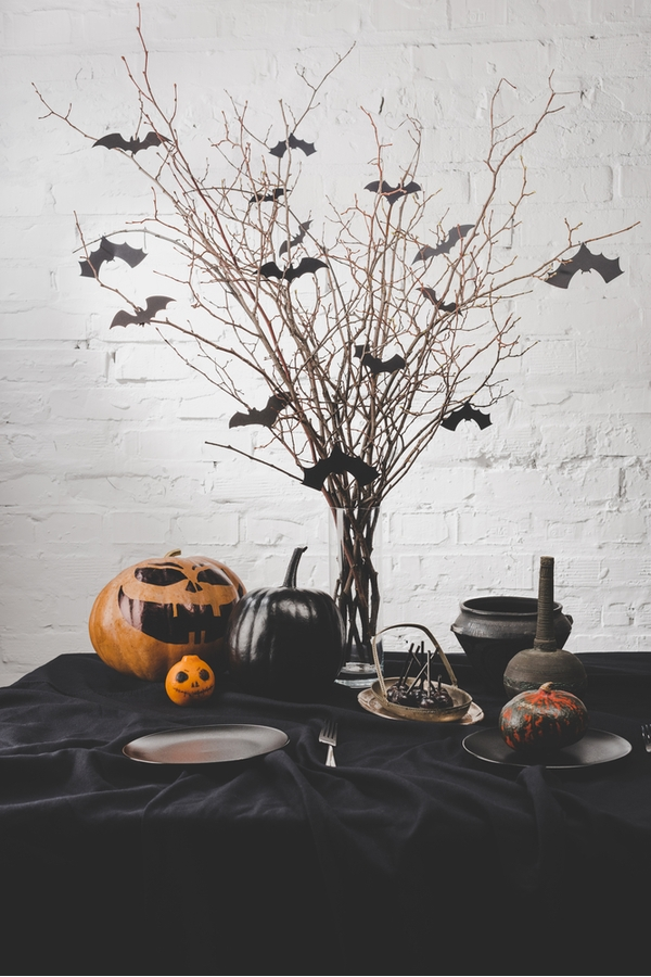 Table Decor For Halloween | Halloween | holiday | home decor | table decor | Halloween decor