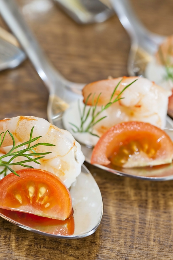 Are you trying to come up with a fun appetizer idea for NYE? Why not try these caprese shrimp cocktail spoon appetizers? They're fun and delicious! For more New Years Eve dinner ideas, look here.