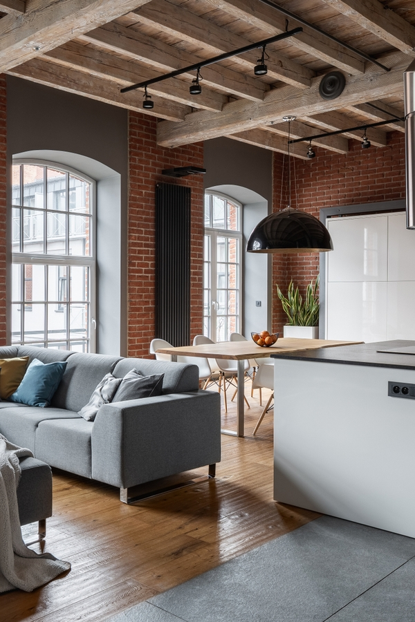 A loft space in a home is a fun thing to have. But sometimes ideas for loft spaces are tricky to sort through. We are ready to show you 5 of the best ideas for functionally fantastic loft spaces! Try turning your loft into a mini apartment. It will look amazing!