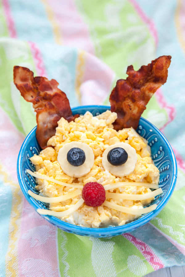 I've got lots of great Easter ideas to share with my readers today. Whether you need craft ideas, DIY baskets or natural egg dyeing information, it's all right here for you! Your kiddos will love these breakfast ideas!