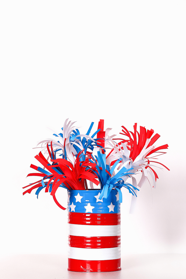 Here are some DIY recycled 4th of July crafts for you to make and enjoy. These crafts feature things you can recycle, which saves you money. It also makes them more unique and fun! This tin can craft can be used for so many different things!
