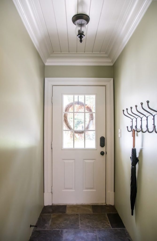 Shiplap isn't just a plain Jane way to cover a wall. Shiplap is more versatile than you may think. Learn how to use shiplap in your entryway!