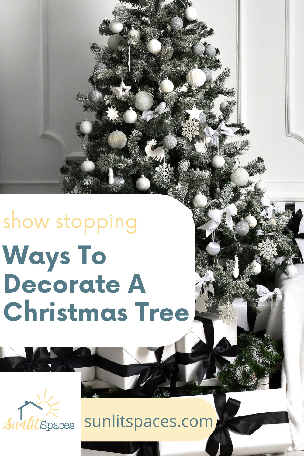 10 Insanely beautiful ways to decorate a Christmas tree. Are you tired of the same old, same old? Don't be afraid to change it up with one of these 10 ways to decorate your tree this year. #sunlitspacesblog #waystodecorateachristmastree #christmastree #christmasdecorations