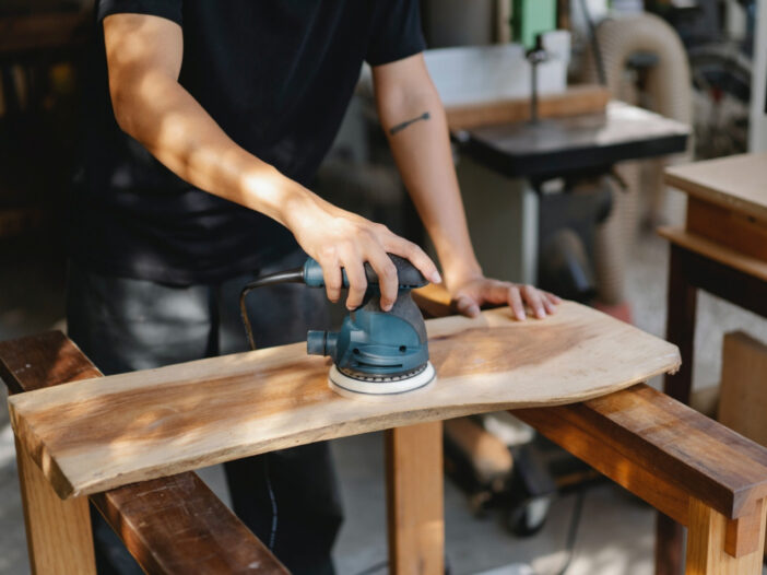 Things to keep in mind while buying a surf prep sander