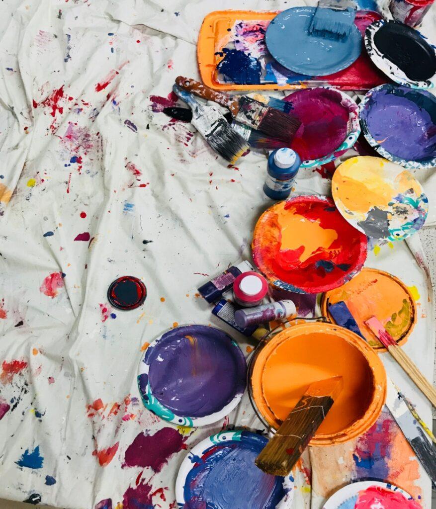 Using fabric medium to create fabric paint